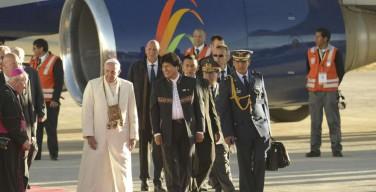 Папа прибыл в Боливию. Приветственная речь в аэропорту Ла-Паса