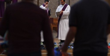 Дела милосердия и управление церковным имуществом – специфические задачи диаконата