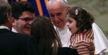 Зал Печати: благословение Папы относилось к человеку, а не к гендерной теории