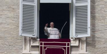 Воскресное размышление Папы Франциска перед чтением молитвы «Angelus» 25 октября 2015 года