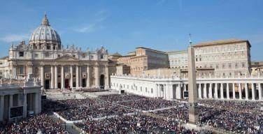 Папа на Мессе канонизации: карьеризм и следование за Христом несовместимы