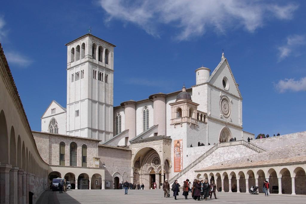 Assisi_San_Francesco_BW_2