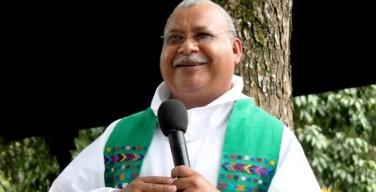 Священник-журналист из Гондураса получил норвежскую премию по правам человека