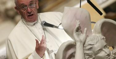 Папа: мечтаю о Церкви, близкой к народу и не одержимой властью. Речь к Национальному церковному собранию