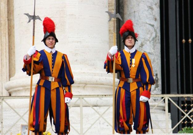 В Ватикане после парижских терактов усилены меры безопасности