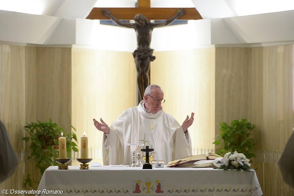 Папа Франциск на Мессе в Доме Св. Марфы: надежда освобождает, а строгость порабощает