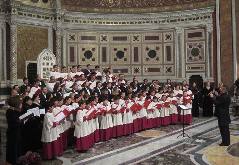 Синодальный хор РПЦ выступил с Сикстинской капеллой в Риме