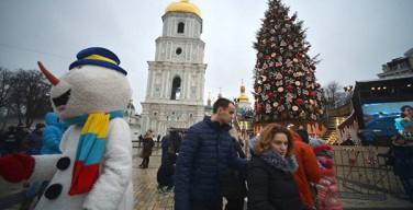 Порошенко просят разрешить украинцам отмечать Рождество, как в Европе