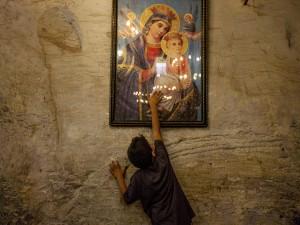 16-marian-image-deir-al-adra-2048