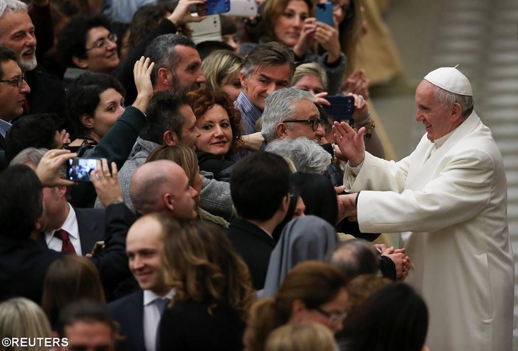 Папа — ватиканским сотрудникам: прошу прощения за скандалы