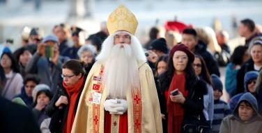 Святой Николай посетил площадь Святого Петра