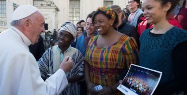 На общей аудиенции Папа выразил восхищение миссионерами в Африке