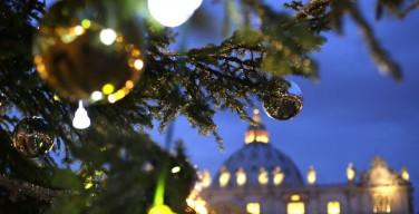 Как праздновать Рождество? О церковных обязанностях, обычаях и подарках