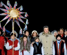 Не дело светской власти решать, когда украинцам отмечать Рождество — Порошенко