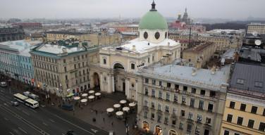 Скульптуры ангелов с фасада собора Святой Екатерины на Невском переданы на хранение в Эрмитаж