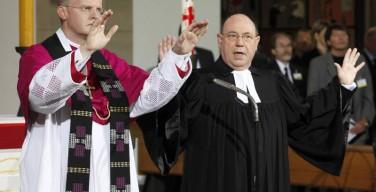 В Германии насчитывается 70 церквей, в которых совершают богослужения и лютеране, и католики