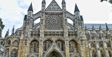 СМИ: Церковь Англии может признать донорство органов главным христианским пожертвованием