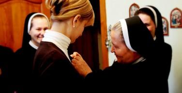 Принятие Елизаветы в аспирантуру Сестер-елизаветок