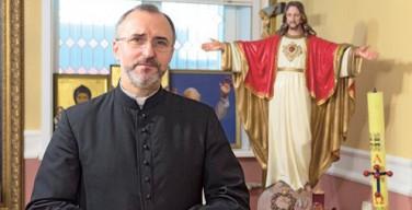 Католический священник открыл приют для беременных в Кирове