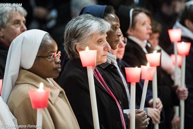 В завершение Года посвященной Богу жизни Папа обратился к монашествующим