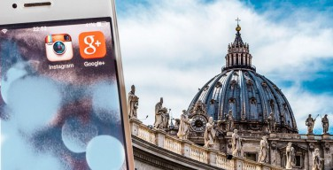 Ватикан иВсемирная сеть. Папа Франциск в течение месяца встретился с главами Google, Apple и Instagram