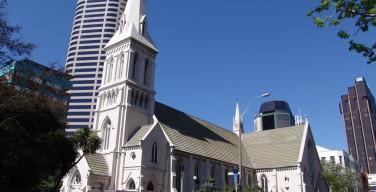 СМИ: католики Новой Зеландии назвали шоу Мадонны «оскорбительным»