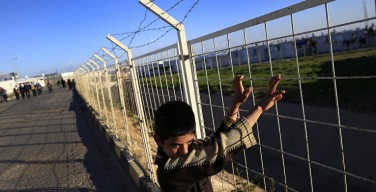 В Австрии епископ не позволил возвести барьер от мигрантов на церковных землях