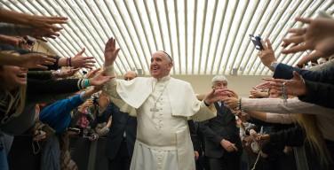 Папа – сотрудникам «Каритас»: не только решать проблемы, но и бороться с греховными структурами