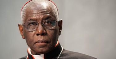 Куриальный кардинал критикует «деформацию богослужений»