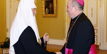 Патриарх Кирилл встретился с архиепископом Иваном Юрковичем, завершающим свое служение в России