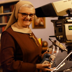 rsz_mother_angelica_ceo_ewtn