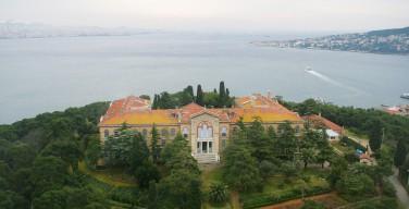 Турецкие власти намерены отобрать у Константинопольской Патриархии земли, ранее возвращенные ей в рамках реституции