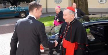 Госсекретарь Ватикана посетил с официальным визитом Эстонию