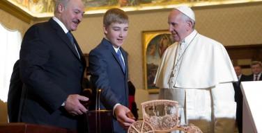 Александр Лукашенко на приеме в Ватикане (ФОТО)