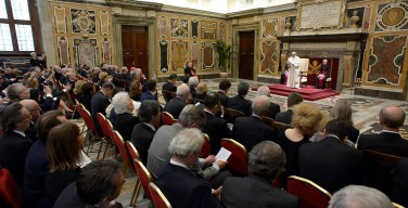 Папа: для христиан экономика и бизнес неотделимы от ценностей Царства Божьего
