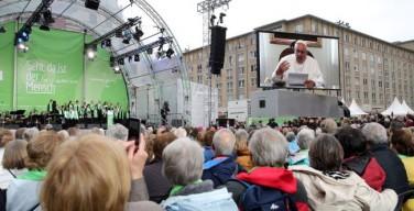 Папа — участникам «Дня немецких католиков»: важно внимание к другому человеку