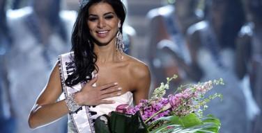 Первая мусульманка, ставшая Мисс США, приняла католичество