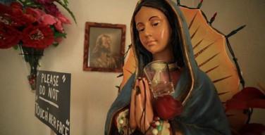 Статуя Божьей Матери плачет в Калифорнии – очевидцы