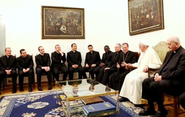 папская дипломатия: