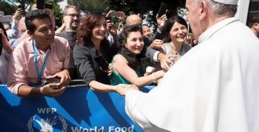 Папа — сотрудникам ВПП: ваш труд очень важен в борьбе с голодом