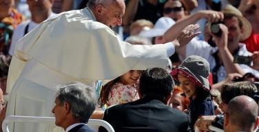 Angelus 19 июня. Папа: мир отчаянно нуждается во Христе