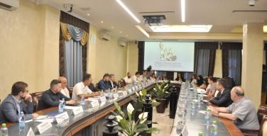 Дискуссия о «пакете Яровой-Озерова» состоялась в Общественной палате с участием религиозных деятелей