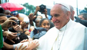 Pope_Francis_at_Vargihna-2-e1397742544937