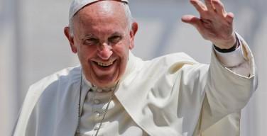 Папа напомнил о предстоящих поездках в Польшу, Грузию и Азербайджан