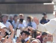 Папа: милосердие — это не абстрактное слово, а образ жизни