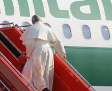 Папа Франциск начинает визит в Польшу