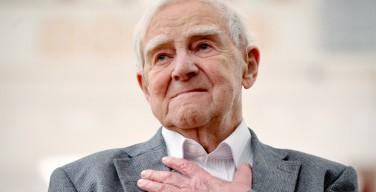 Писатель Даниил Гранин удостоен премии имени Фридриха Йозефа Гааза