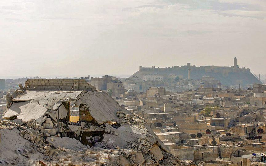 Несмотря на военные действия монахини-кармелитки решили не покидать свой монастырь в Алеппо