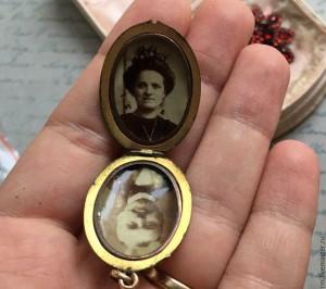 28b9c09621c323c883acf7b601tn--vintazh-antikvarnyj-medalon-19-veka-s