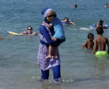 ООН приветствовала решение Франции приостановить запрет на ношение буркини